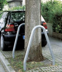 Baumschutzbügel aus Stahl